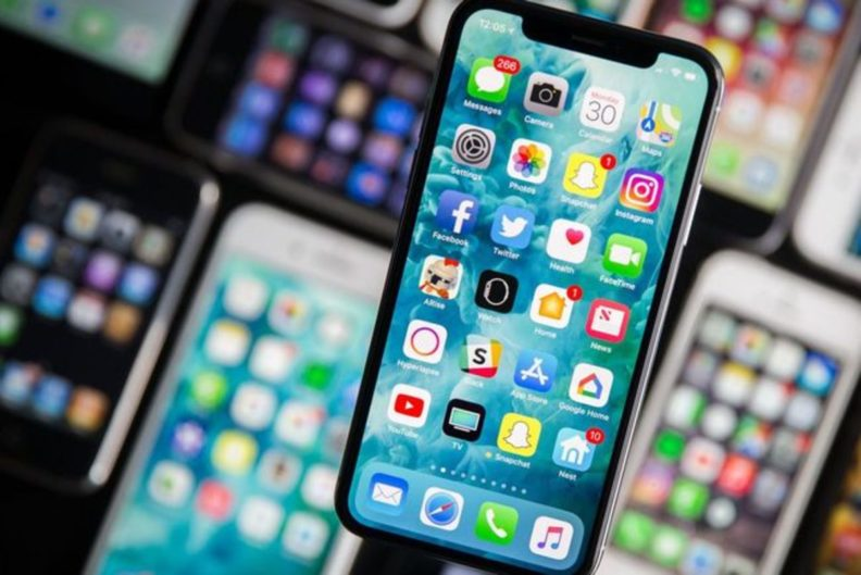 Телефон в кредит: брать или нет?