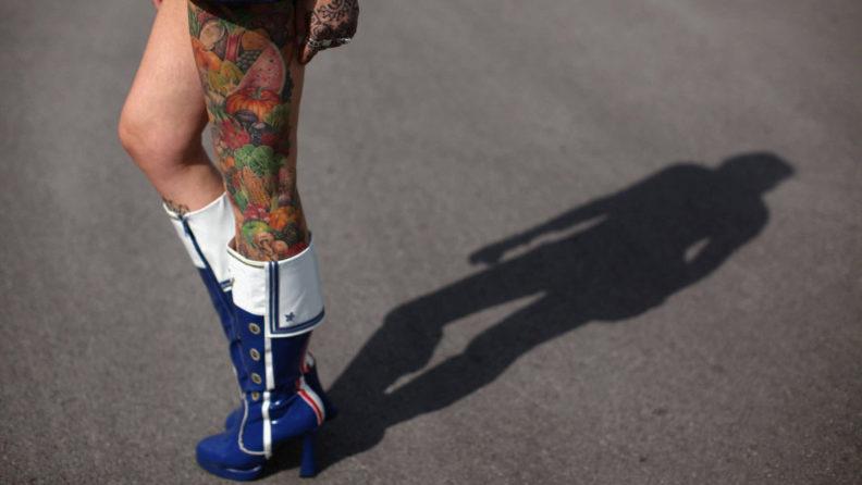 Как выбрать рисунок для татуировки на ноге?